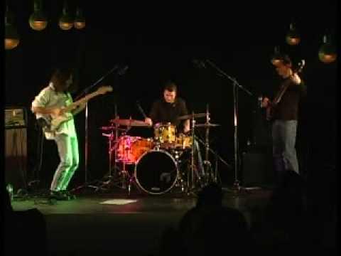 Alex Bento Trio Ripe