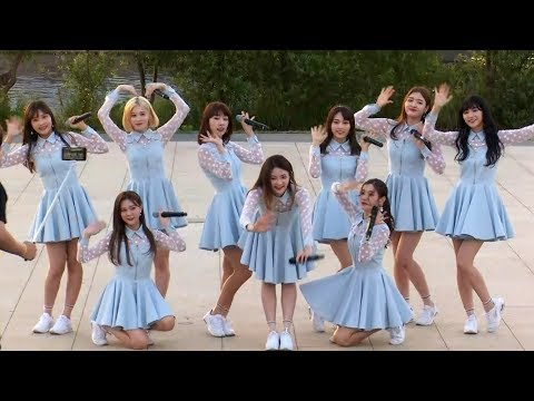 DIA(다이아) 'Somehow'(왠지) Busking Stage (한강 버스킹, 채연, 희현)