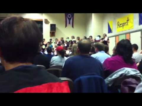 Royalview Elementary School sing along2012:be our guest