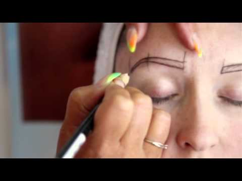 Lindsay Lambert – Semi Permanent Tattooed Eyebrows