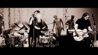 The Dead Weather - Lose the Right