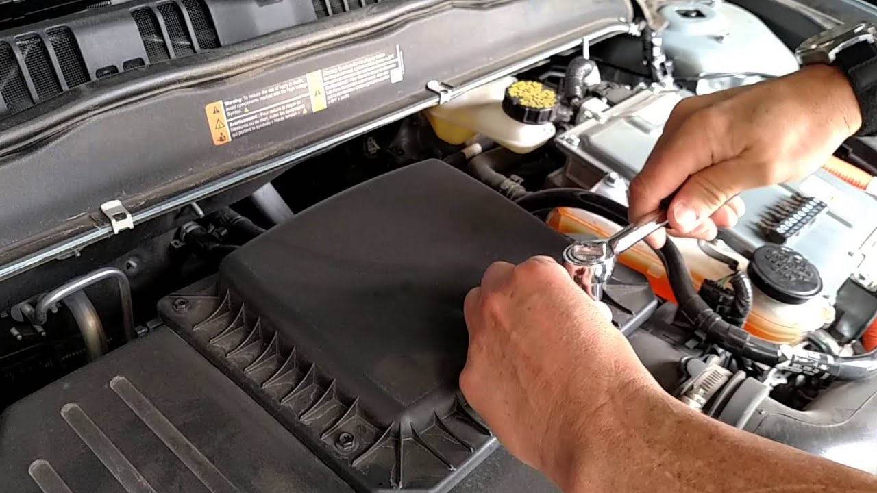 How to change the air filter of a 2014 ford fusion hybrid