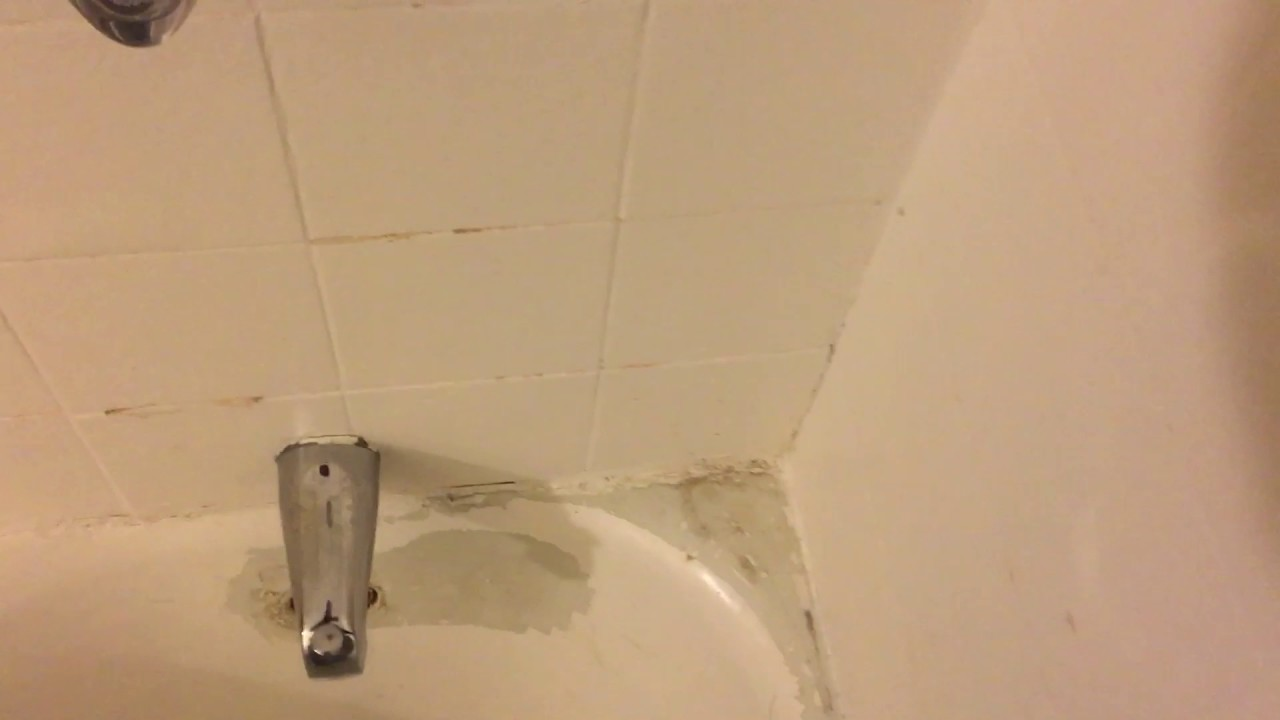 DYI epoxy bathtub - YouTube