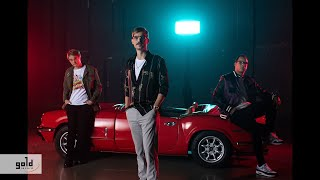 The Biebers feat. CURTIS - Minden Este (Official Video)