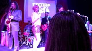Heaven Bells. Aurora García con Freedonia. Sala Sol. 21-12-2012