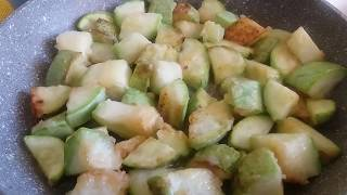 Теплый салат из кабачков. Оксана Калюжная.