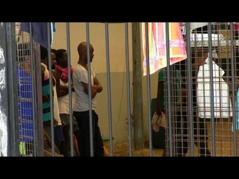 Libya refugee crisis: the UNHCR raises the alarm on migrant detention centres