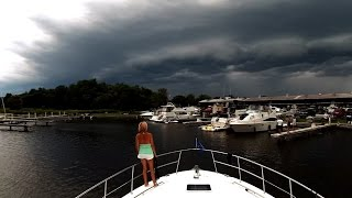 Boat Run Home Before Storm Hits - Sit Back Sunday GoPro Cruise