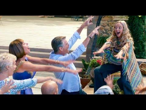 Amanda Seyfried Sings Dancing Queen In Mamma Mia 2 Here We Go Again Youtube