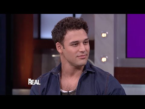Ryan Guzman's Killer Dance Moves