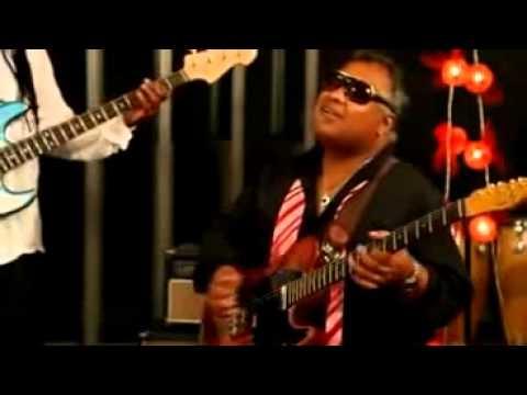 Incognito - Lowdown (feat. Chaka Khan, Mario Biondi & Stuart Zender)
