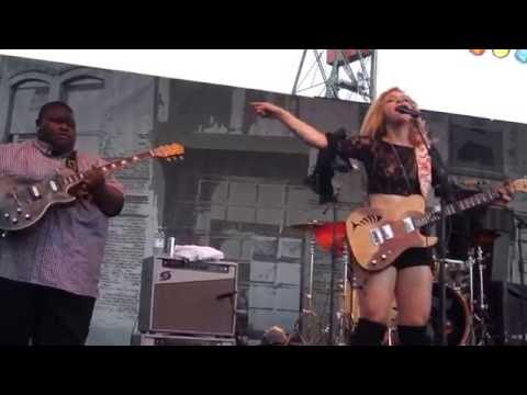 """I Put A Spell On You"" Samantha Fish / Kingfish Ingram & TY Curtis @ 2016 Portland WBF 8768"