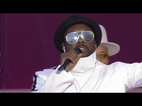 """The Black Eyed Peas singing """"Where Is The Love?"""" with Ariana Grande - LIVE #OneLoveManchester (Live)"""