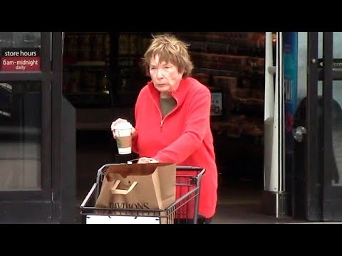 Film Icon Shirley MacLaine Makes A Malibu Grocery Run