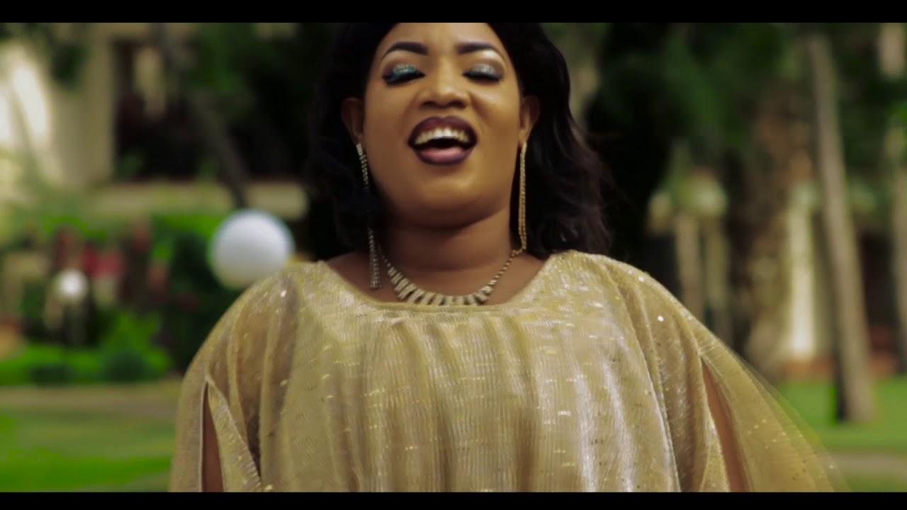 Rahma Machupa Siwezi Kukosa Milele official Video - YouTube