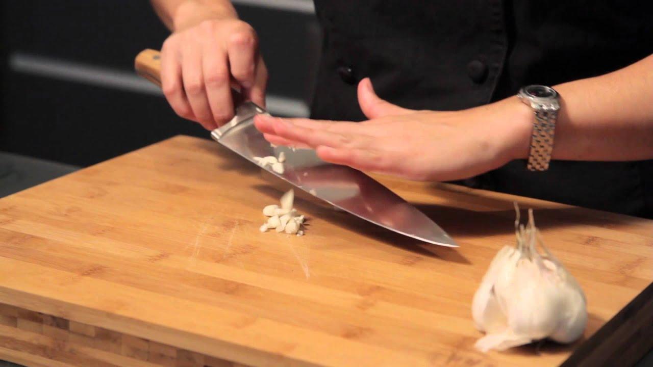 Knife Cut: Mincing Skills on a Garlic - YouTube
