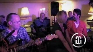 Den Jeg Elsker - Unplugged