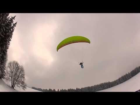 Flugschule Aktiv Übungshang im Schnee