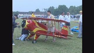 Giant RC planes at La Ferte Alais 1999