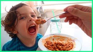 Börülce Yemeği Yedik, Sizde Yiyebilirsiniz Çocuklar! | Yankı Yemek Yiyor | Kid Eating Food