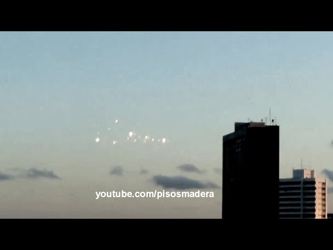 strange UFO lights in Brazil☻OVNIS Luces extranas en saupaulo Brasil sep 9 2014
