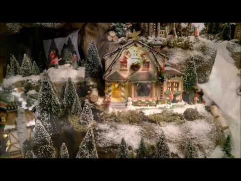 LEMAX CHRISTMAS VILLAGE 2016