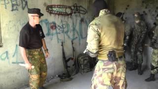 Работа ножом против вооруженных