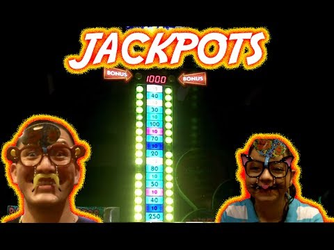 Dave and Busters adventure, JACKPOTS - Arcade Fun