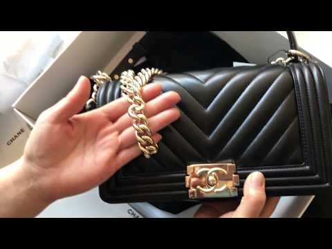 Unboxing CHANEL calfskin quilted medium Boy Flap Bag Black