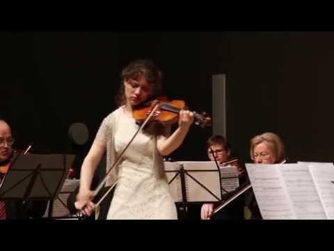 "Caroline Adomeit plays ""The Lark Ascending"""