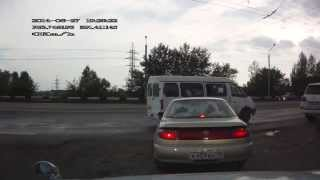 ДТП Карина vs Ипсум. Хакасия, Абакан.(, 2014-06-28T03:34:31.000Z)