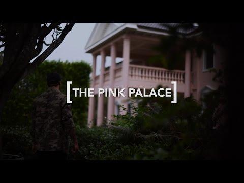 THE PINK PALACE // Brisbane