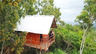 Gambar cover We slept in a tree house! || Bali to Nusa Penida