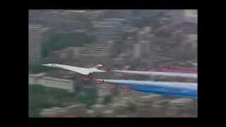 Concorde Fly Past - Queens Golden Jubilee - June 2002 London