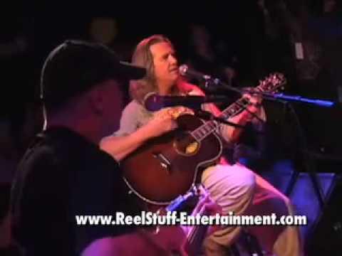 Jeff Bridges Performs at Lebowski Fest