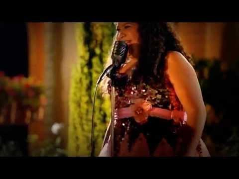 Raini Rodriguez Vive Tus Sueños (Living Your Dreams Spanish Version)