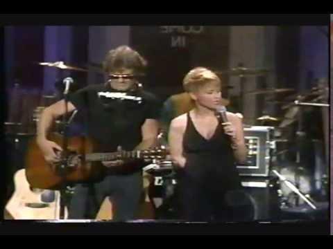 Kris Kristofferson & Lorrie Morgan - Help Me Make It Through The Night