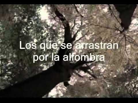 Genesis The Carpet Crawlers subtitulos español