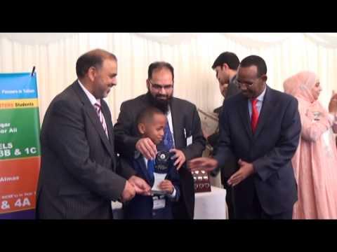 BEST TUTORS BARNAAMIJ with Fu'ad Haji A/Weli. 14 05 2014