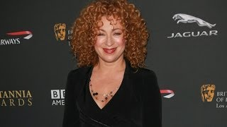 Arrow Season 2 Welcomes Back a Familiar Face, Alex Kingston Returns to Arrow as Dinah Lance!