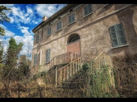 Ville abbandonate la villa del fauno youtube for Interni ville antiche