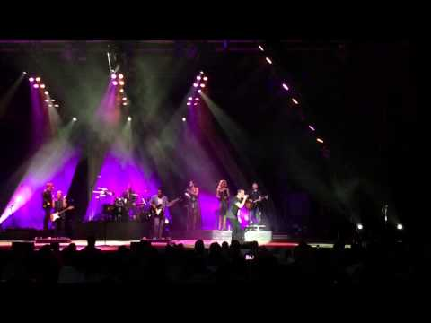 Rob Thomas - Hold On Forever - live @ the Uptown Amphitheater, NC Music Factory, Charlotte 9/1/15