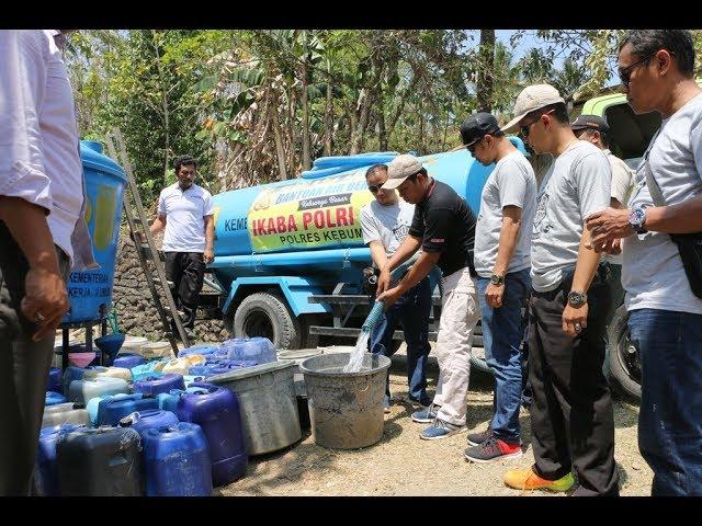 IKABA 2002 Polres Kebumen Berikan Bantuan Air Bersih di Desa Tugu, Buayan