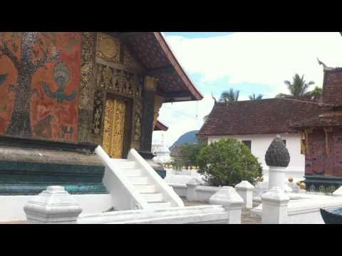 A Laotian tale at Wat Xieng Thong