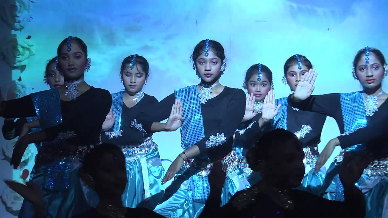 GIIS EC students performing a fusion dance on Shiv Tandava Stotram