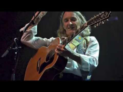 Give a Little Bit with Children´s Choir   Roger Hodgson