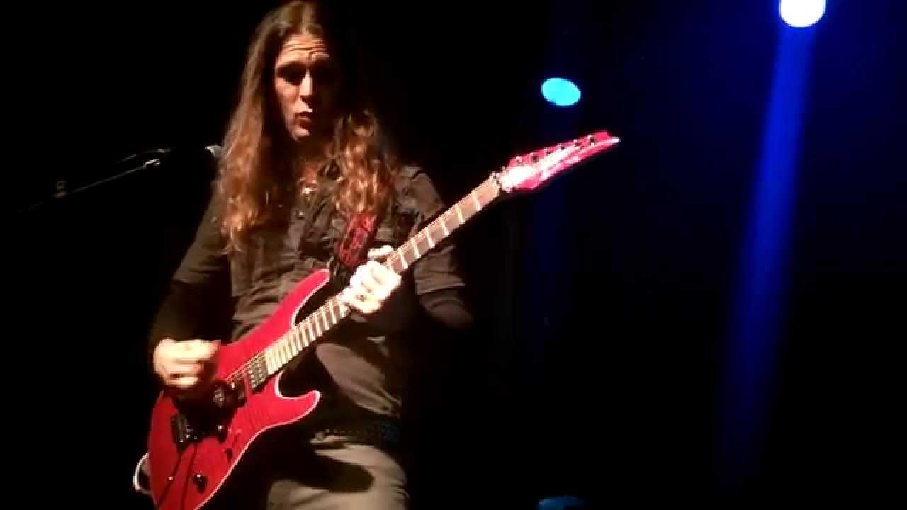 kiko loureiro guitar clinic tour 2015 matar barcelona 10 02 2015 youtube. Black Bedroom Furniture Sets. Home Design Ideas