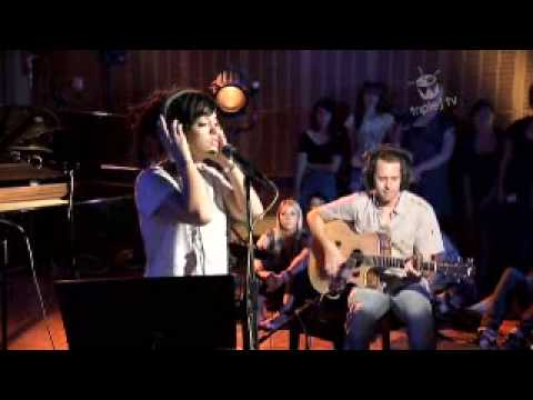 Lily Allen @ Triple J Australia - It´s not fair