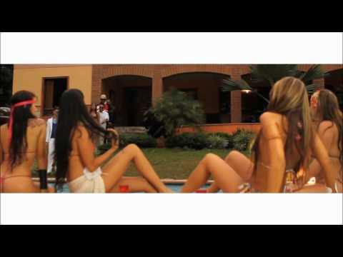 Fuego Ft Pipe Calderon Vakero Farruko Ricky Lindo & El Potro Alvarez   Una Vaina Loca Official All Star Remix