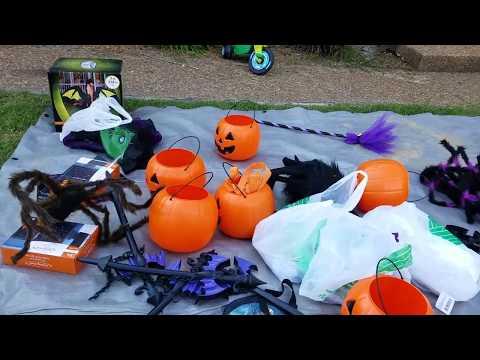 Lace's Halloween Hangout